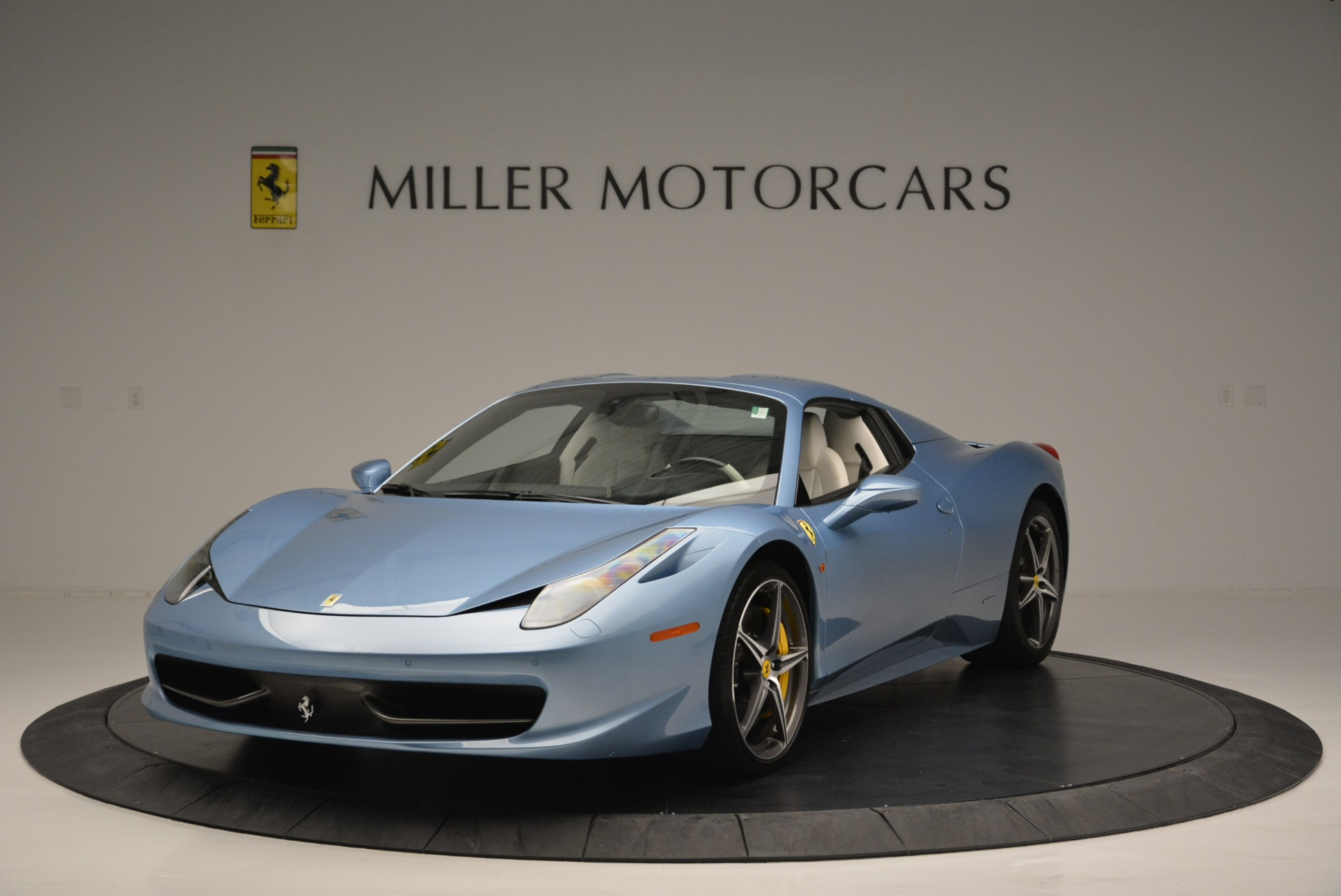 Used 2012 Ferrari 458 Spider  For Sale In Westport, CT 2413_p13