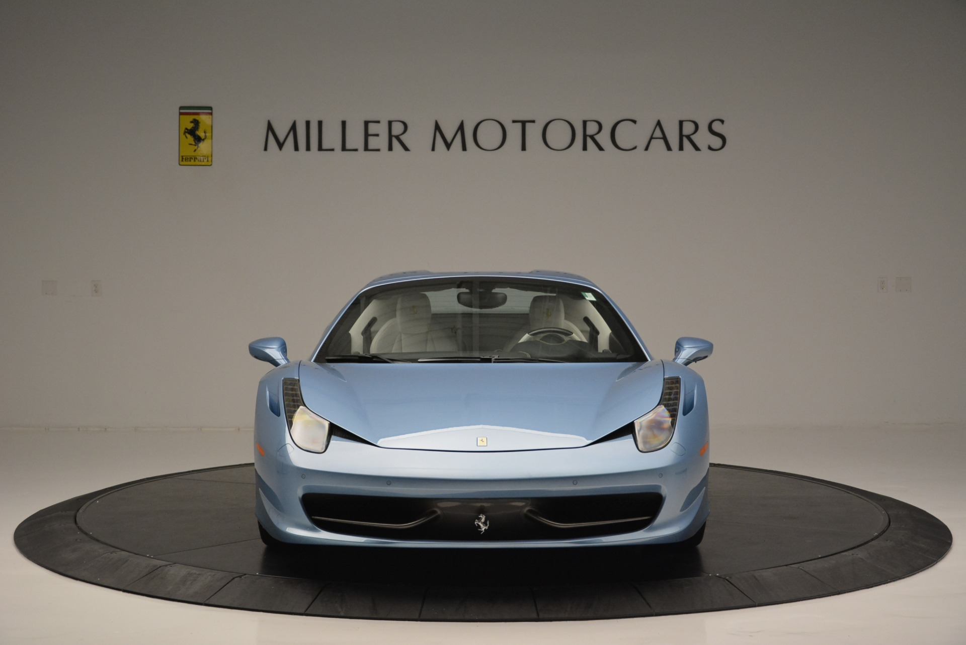 Used 2012 Ferrari 458 Spider  For Sale In Westport, CT 2413_p24