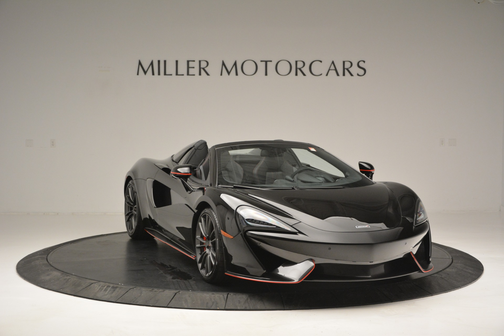 Used 2018 McLaren 570S Spider For Sale In Westport, CT 2420_p11