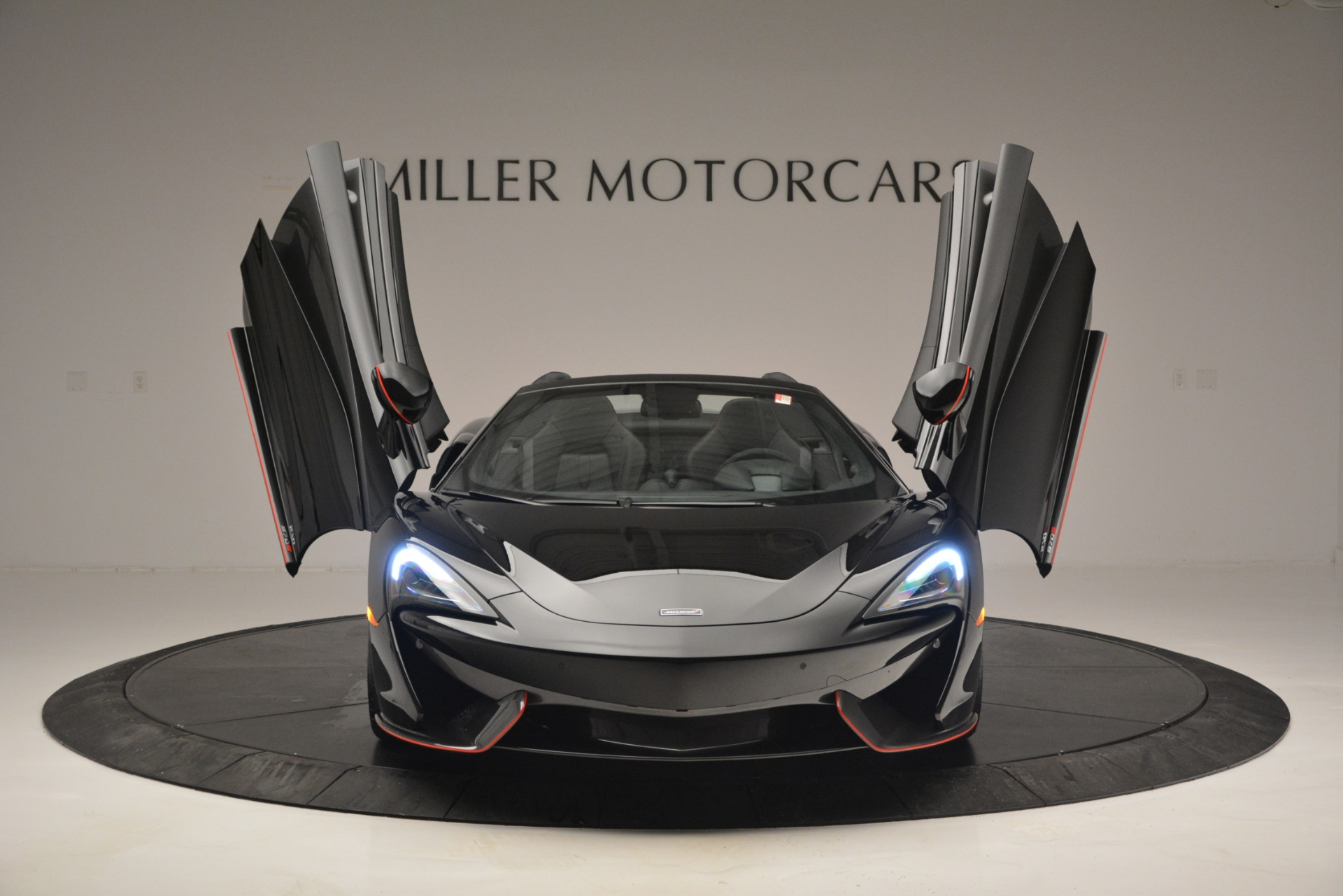 Used 2018 McLaren 570S Spider For Sale In Westport, CT 2420_p13