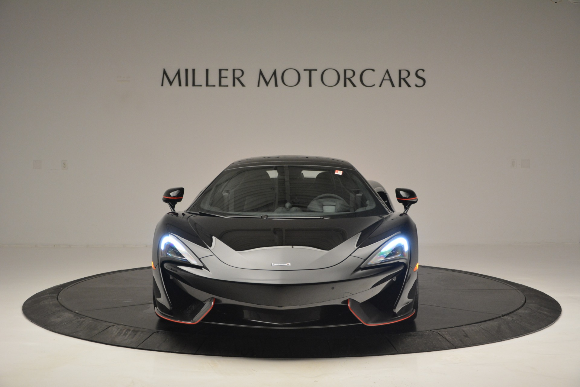 Used 2018 McLaren 570S Spider For Sale In Westport, CT 2420_p22