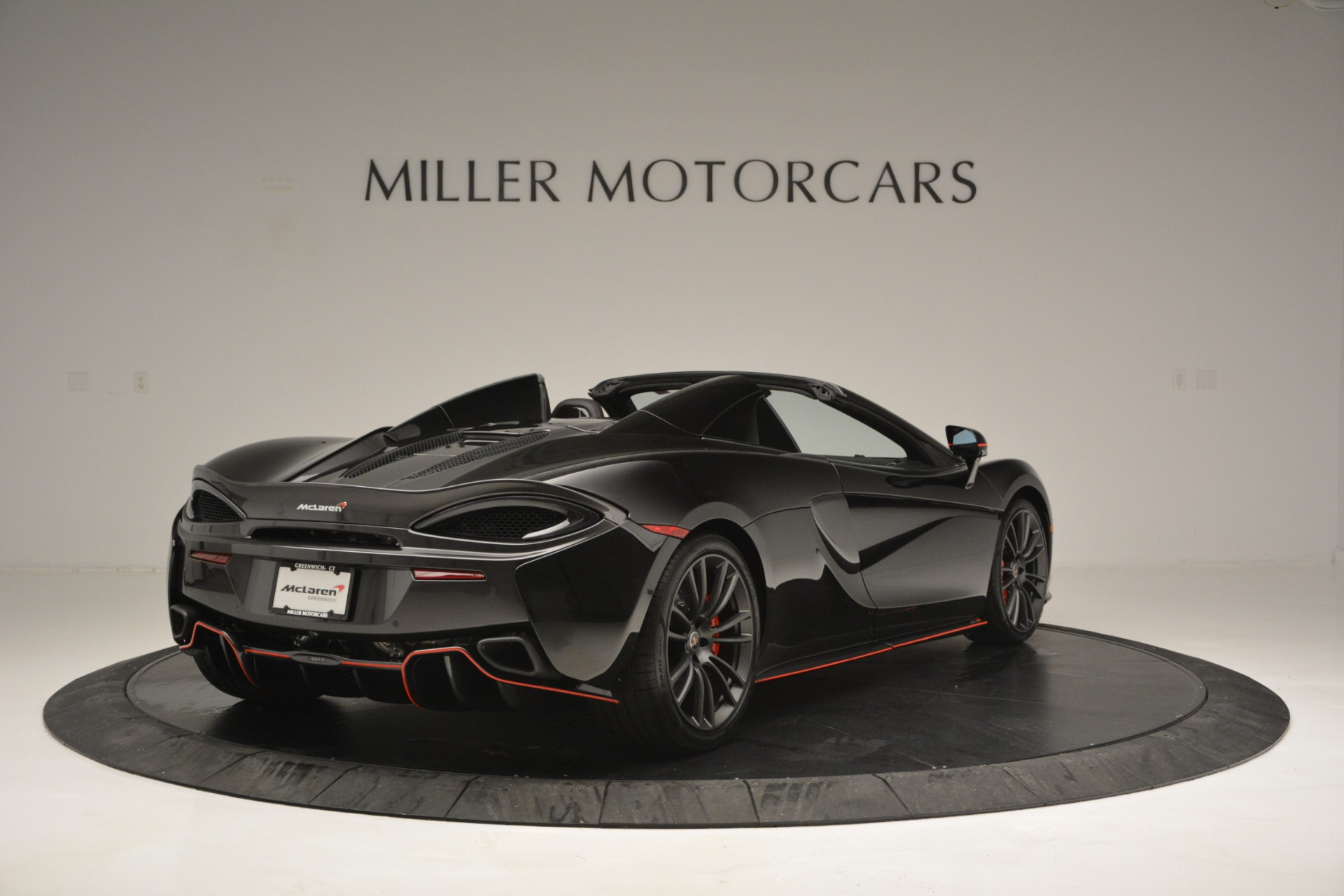 Used 2018 McLaren 570S Spider For Sale In Westport, CT 2420_p7