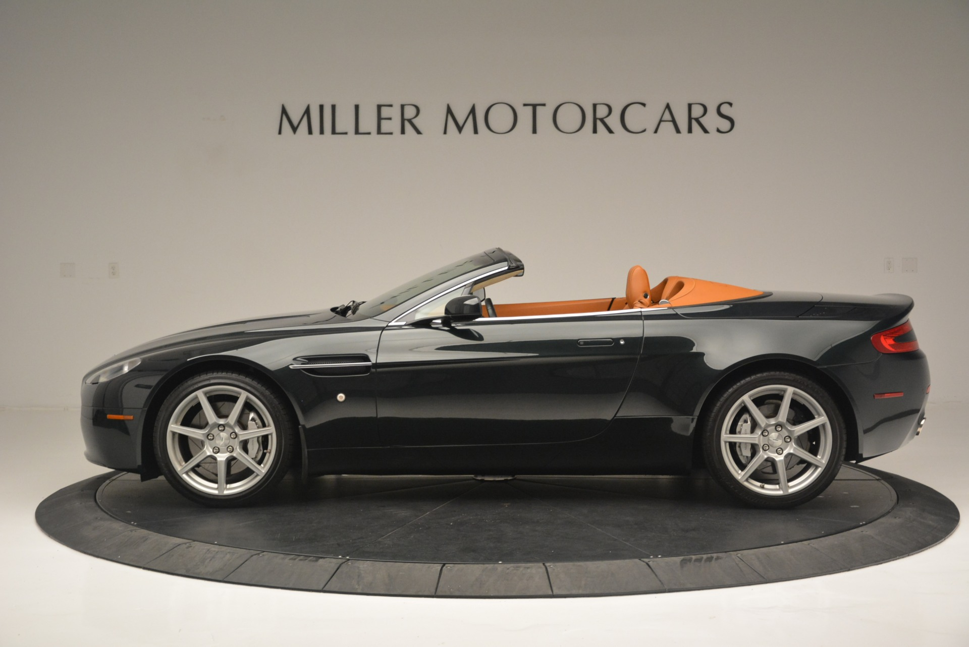 Used 2008 Aston Martin V8 Vantage Roadster For Sale In Westport, CT 2422_p3