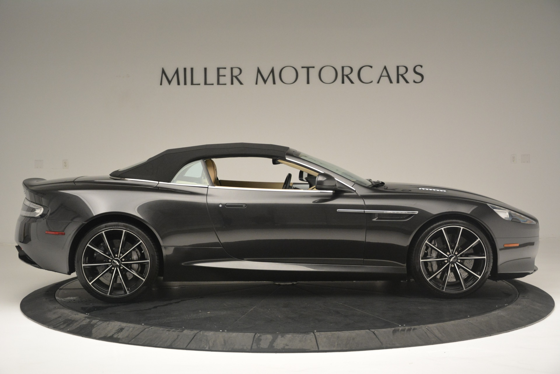 Used 2016 Aston Martin DB9 GT Volante For Sale In Westport, CT 2429_p21