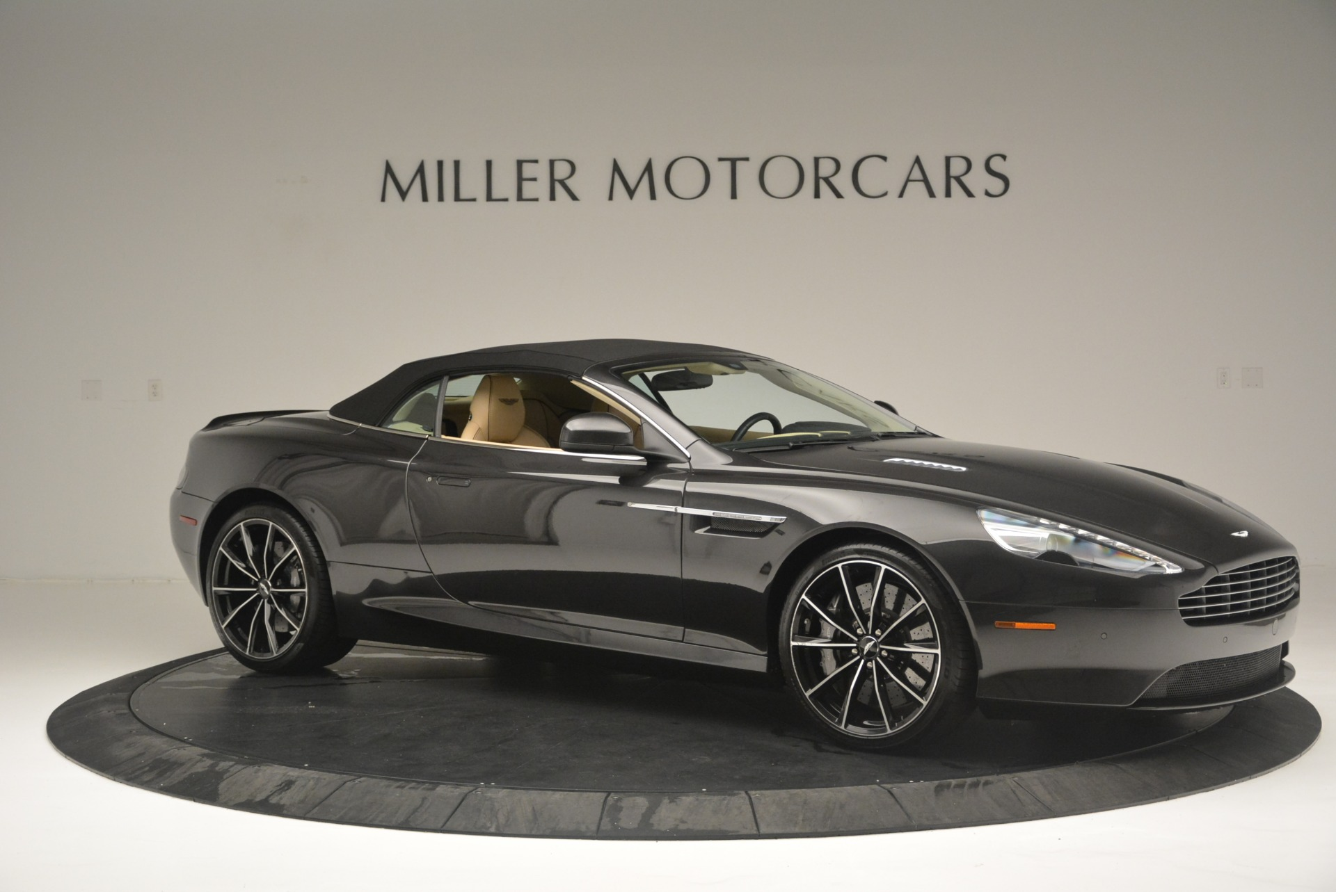 Used 2016 Aston Martin DB9 GT Volante For Sale In Westport, CT 2429_p22