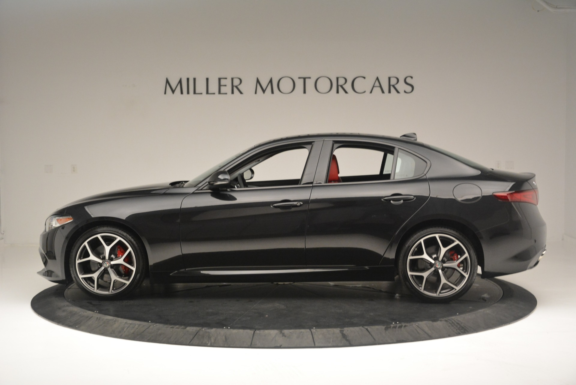New 2018 Alfa Romeo Giulia Ti Sport Q4 For Sale In Westport, CT 2433_p3