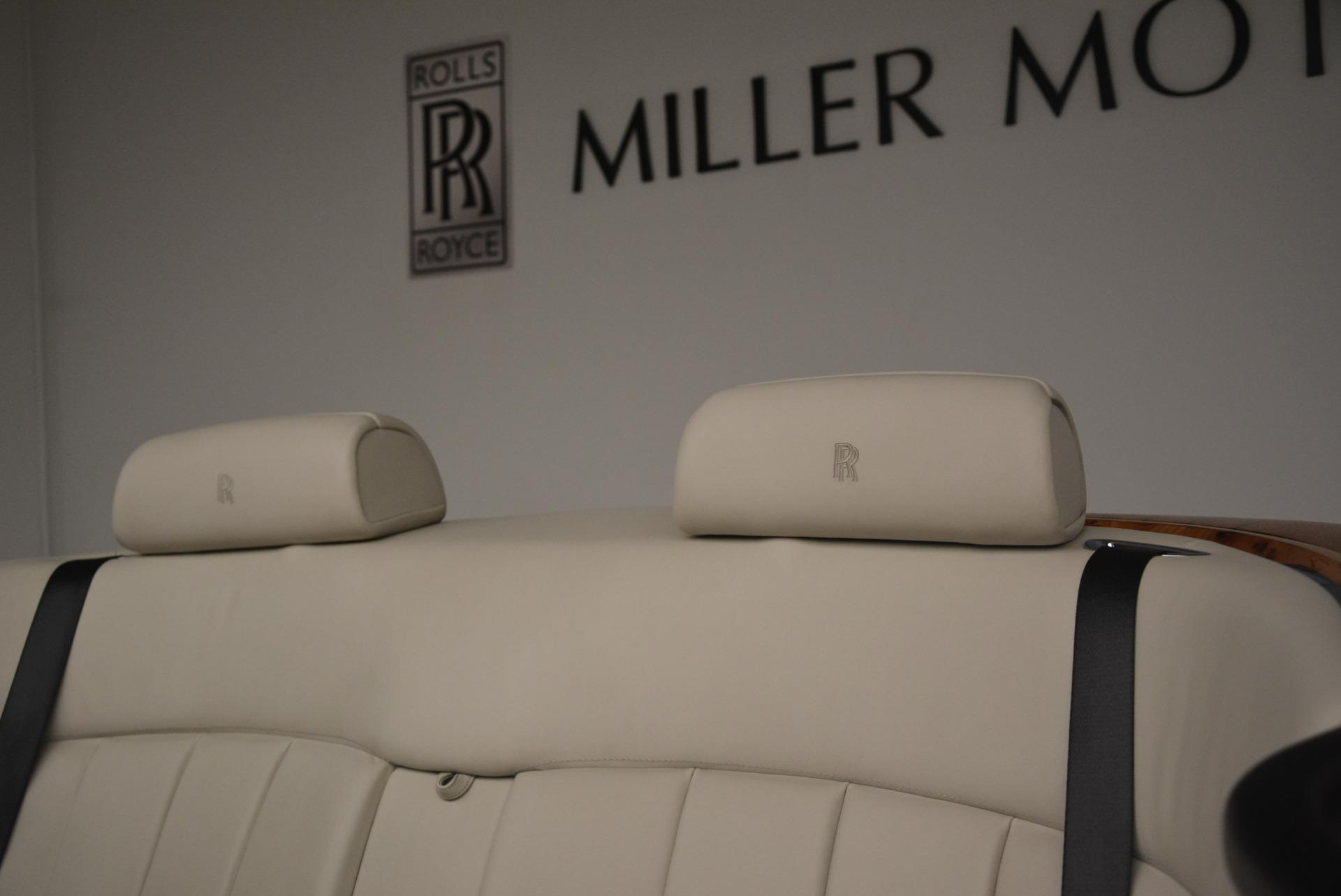 Used 2013 Rolls-Royce Phantom Drophead Coupe  For Sale In Westport, CT 2444_p29