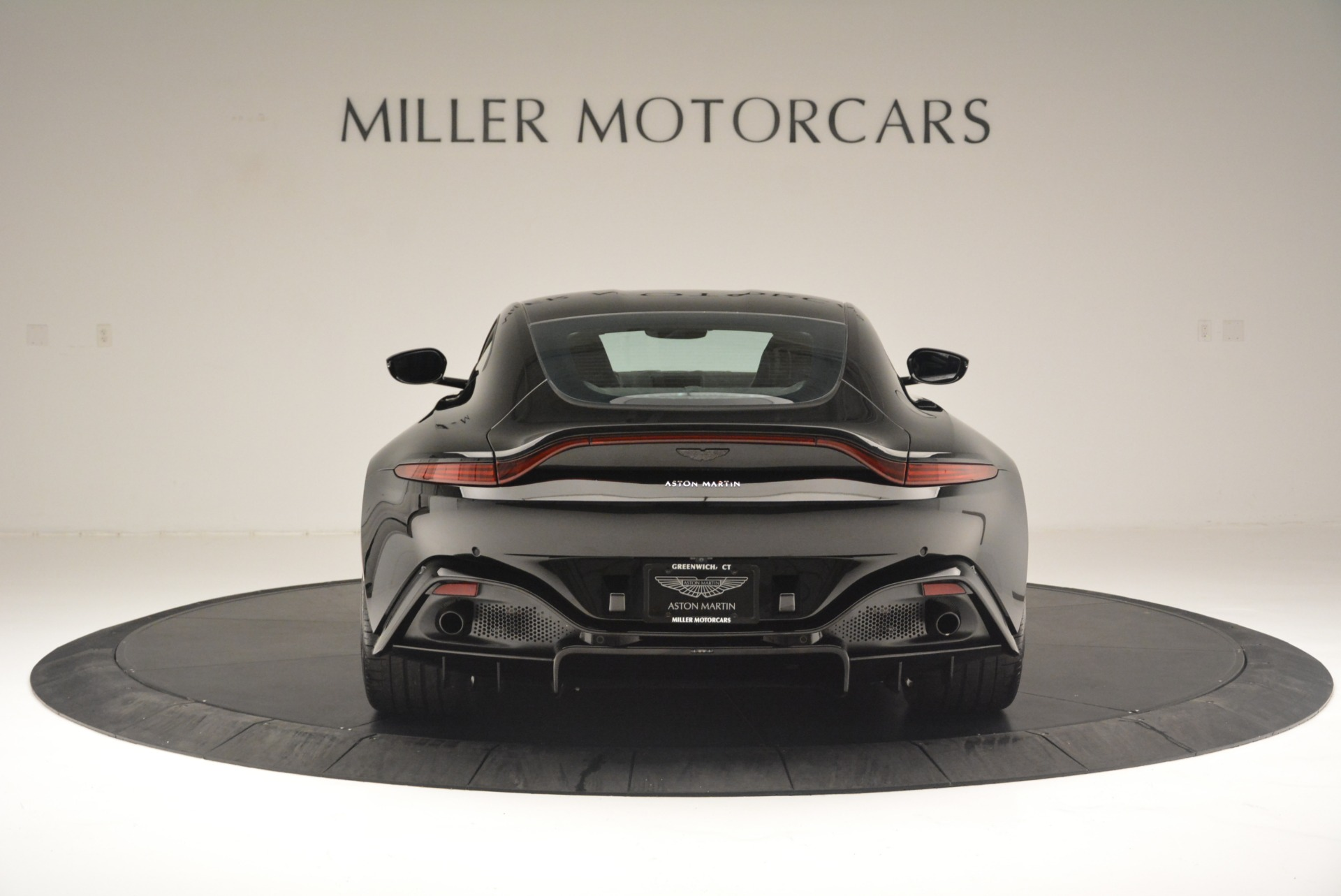 Used 2019 Aston Martin Vantage Coupe For Sale In Westport, CT 2445_p6