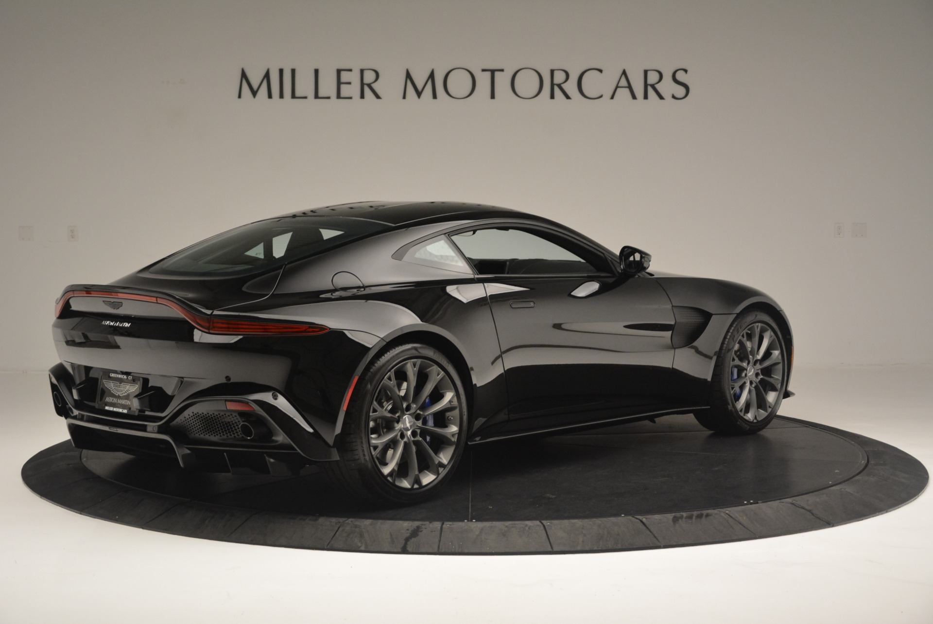 Used 2019 Aston Martin Vantage Coupe For Sale In Westport, CT 2445_p8