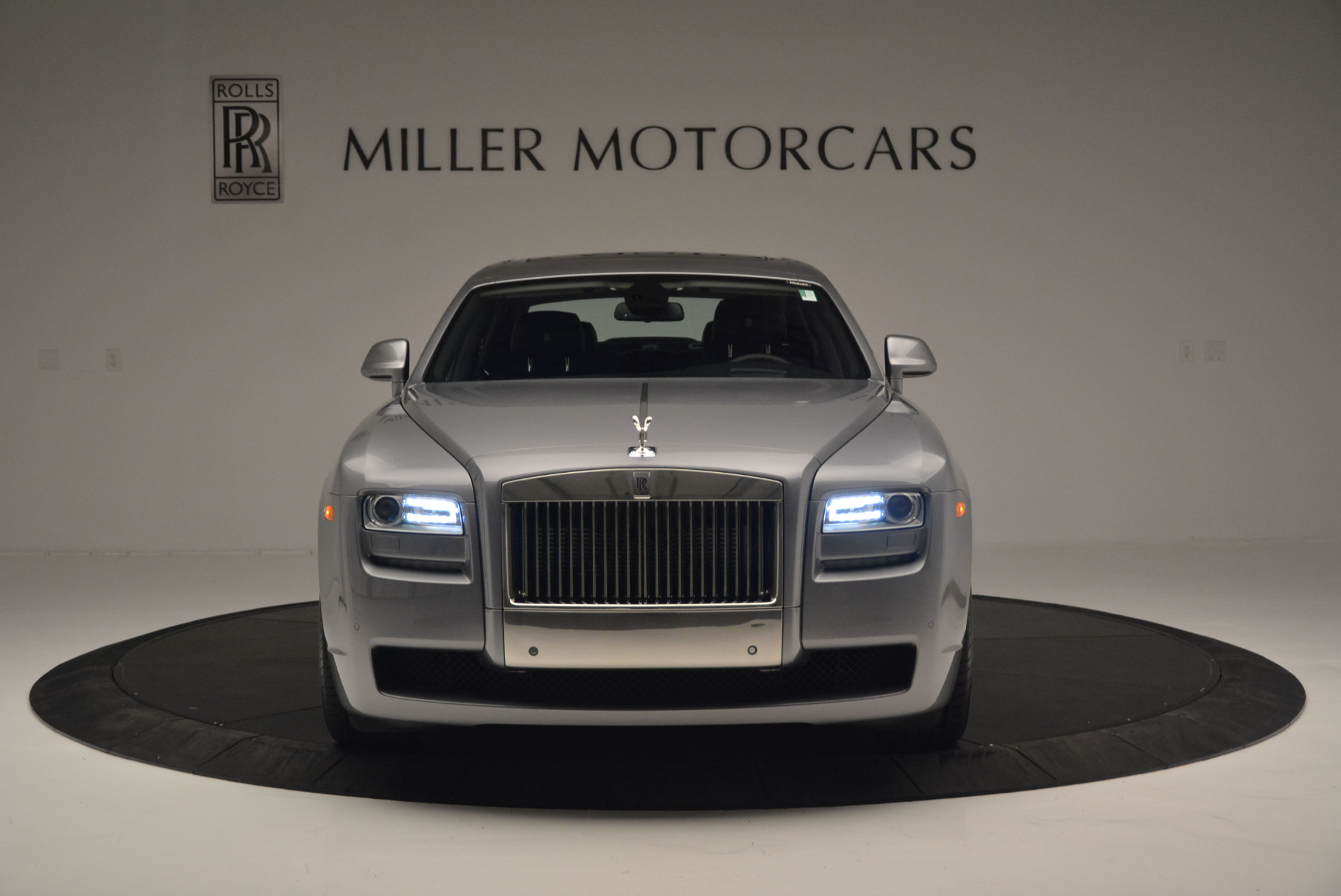 Used 2012 Rolls-Royce Ghost  For Sale In Westport, CT 2447_p10