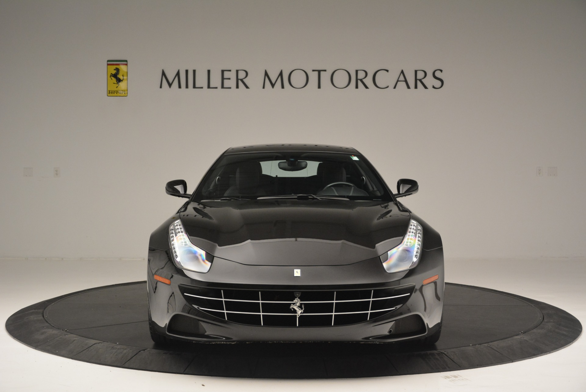 Used 2012 Ferrari FF  For Sale In Westport, CT 2448_p12
