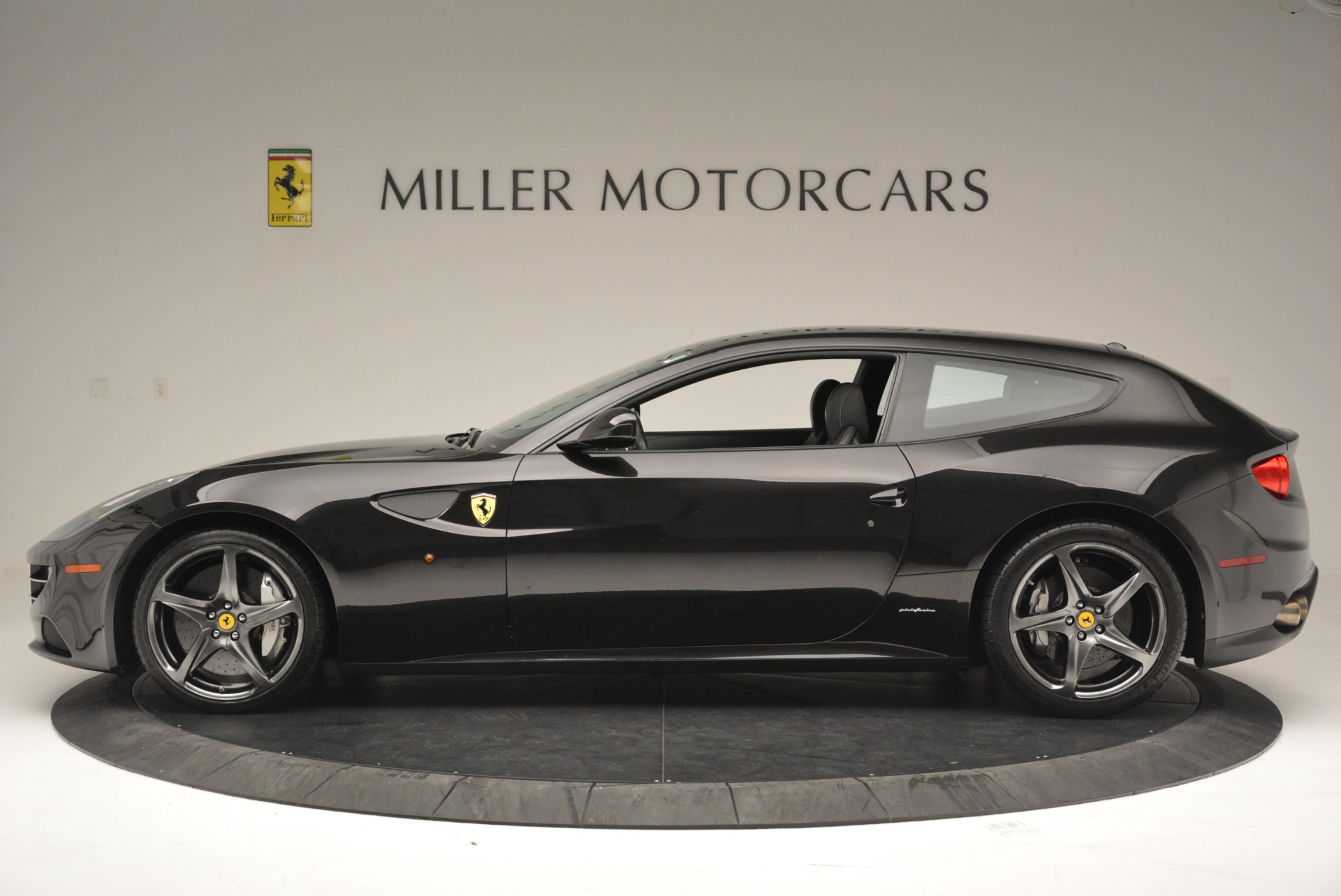 Used 2012 Ferrari FF  For Sale In Westport, CT 2448_p3
