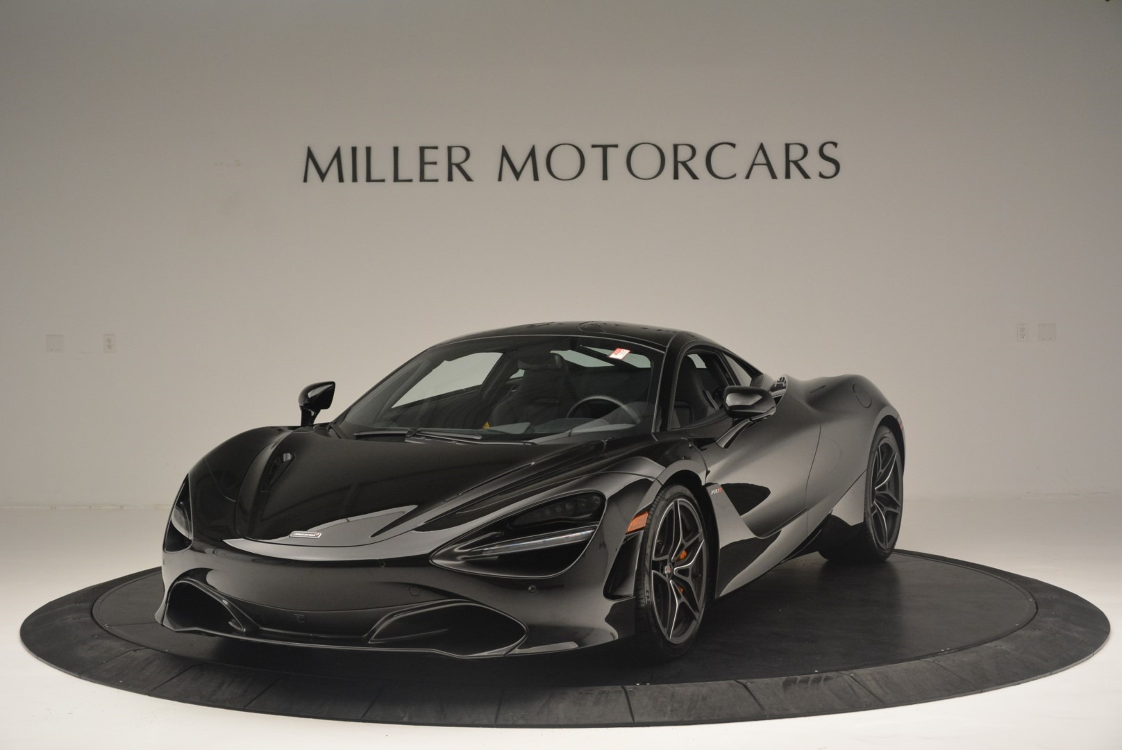 Used 2018 McLaren 720S Coupe For Sale In Westport, CT 2449_main
