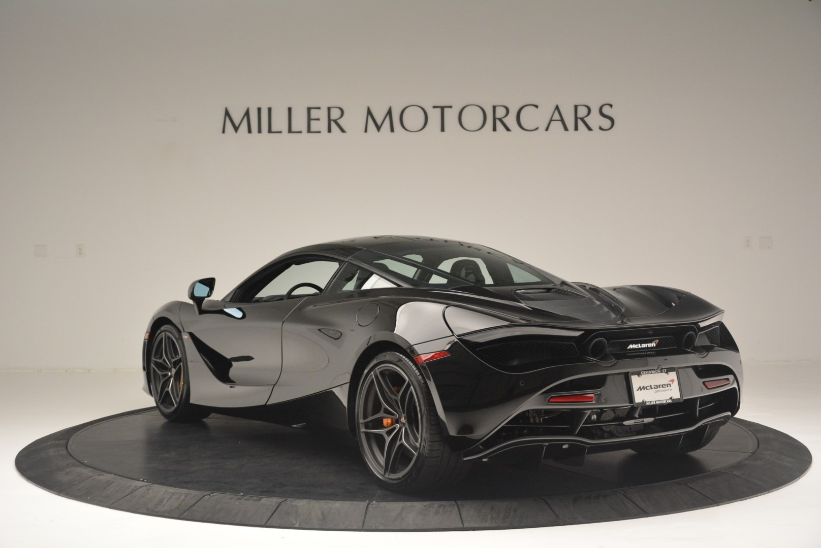 Used 2018 McLaren 720S Coupe For Sale In Westport, CT 2449_p5