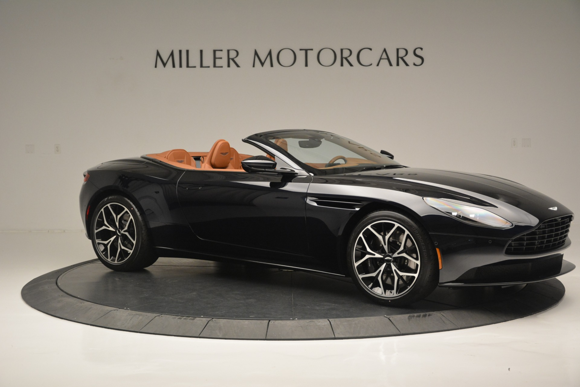 New 2019 Aston Martin DB11 Volante Volante For Sale In Westport, CT 2450_p10