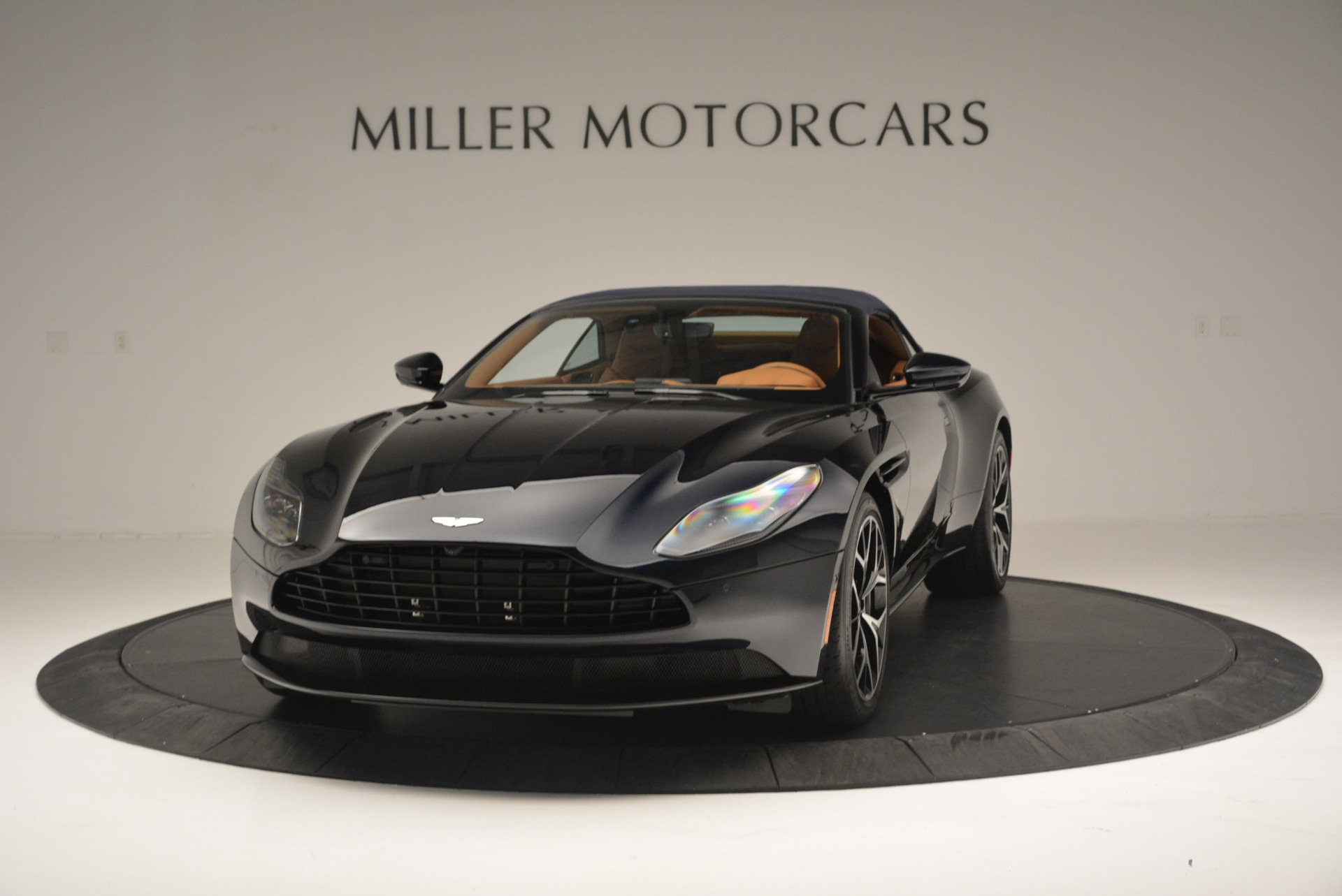 New 2019 Aston Martin DB11 Volante Volante For Sale In Westport, CT 2450_p13