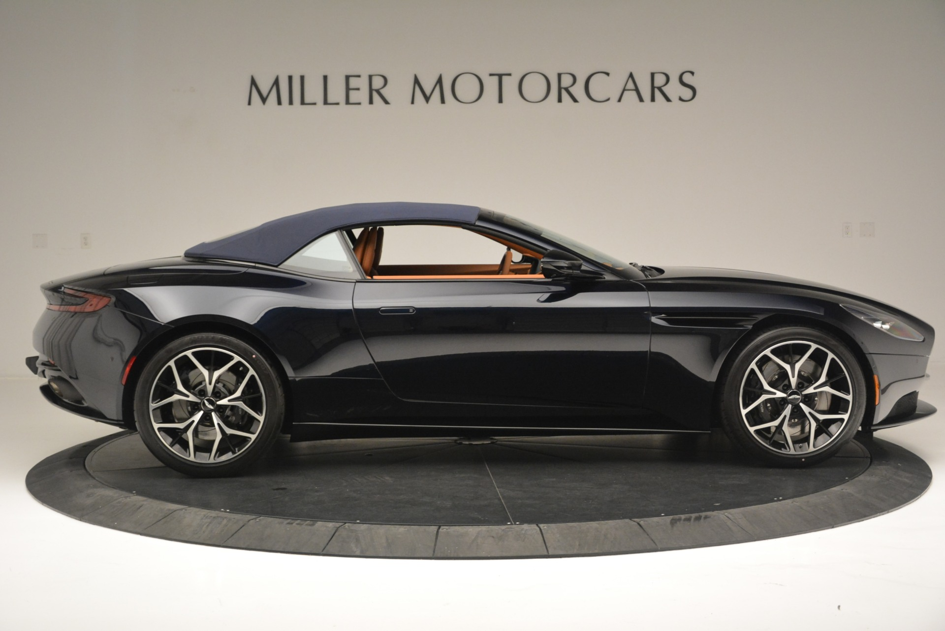 New 2019 Aston Martin DB11 Volante Volante For Sale In Westport, CT 2450_p16