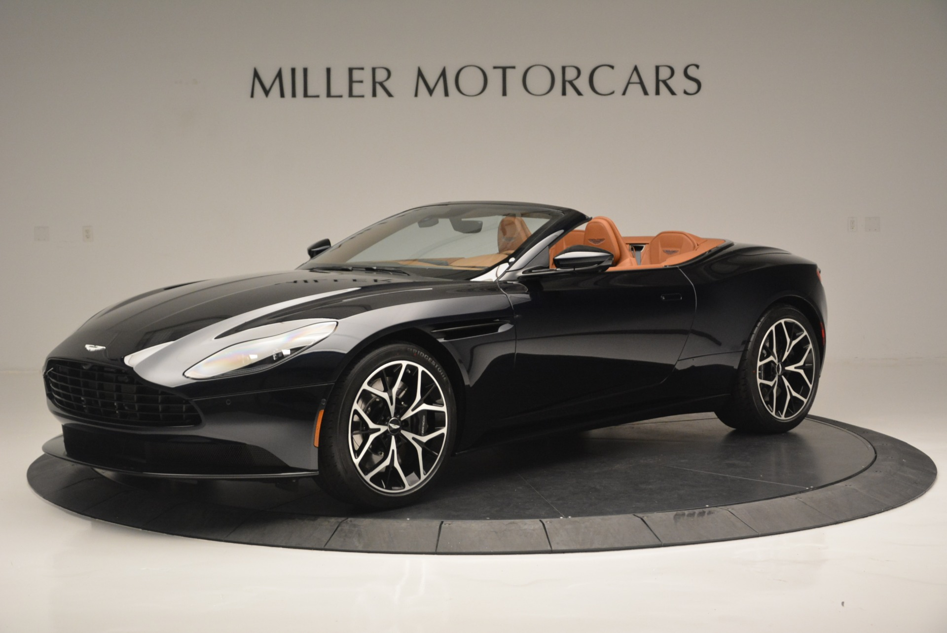 New 2019 Aston Martin DB11 Volante Volante For Sale In Westport, CT 2450_p2