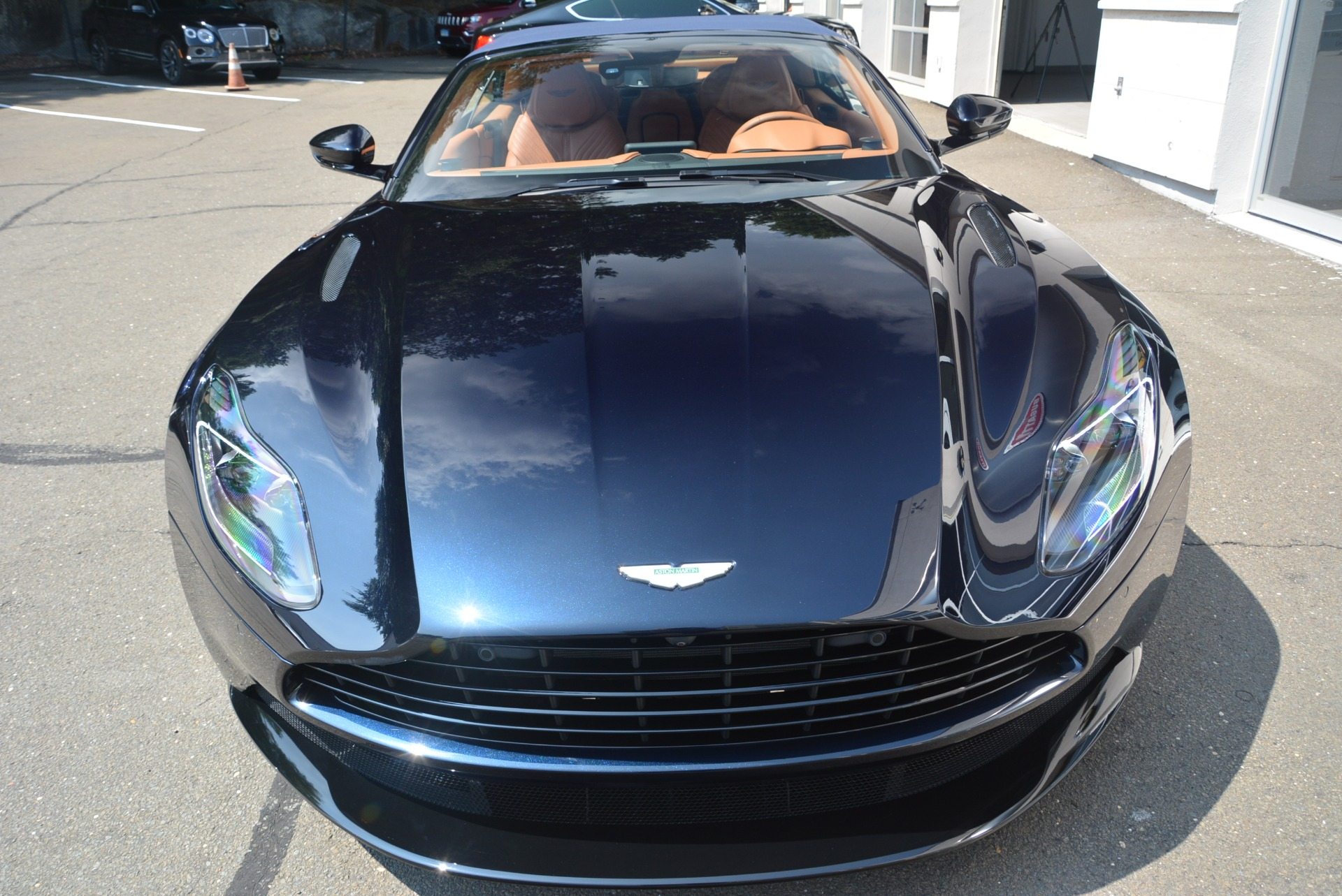 New 2019 Aston Martin DB11 Volante Volante For Sale In Westport, CT 2450_p30