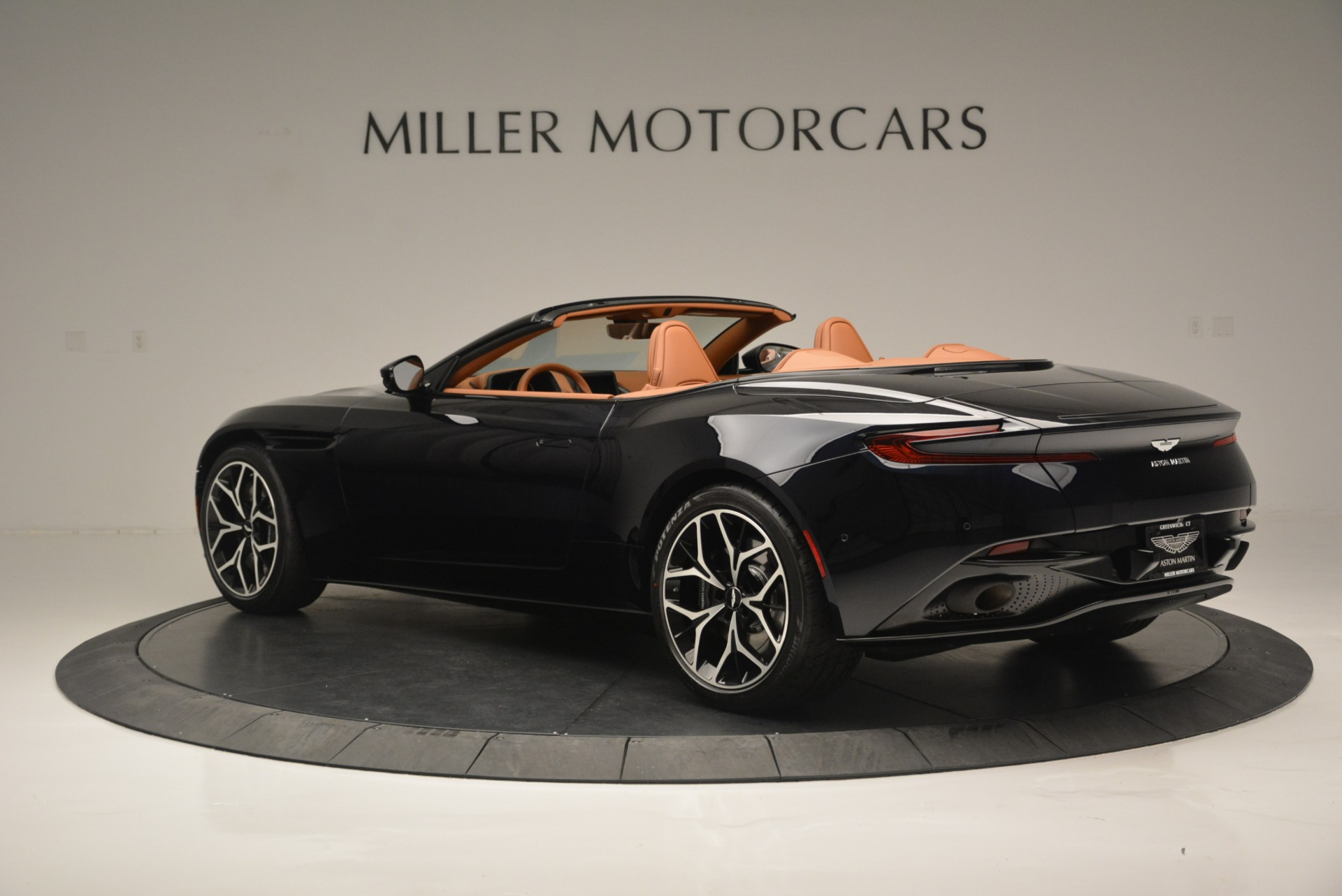 New 2019 Aston Martin DB11 Volante Volante For Sale In Westport, CT 2450_p4