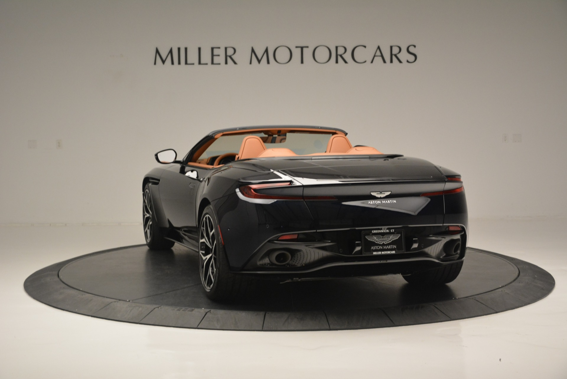New 2019 Aston Martin DB11 Volante Volante For Sale In Westport, CT 2450_p5