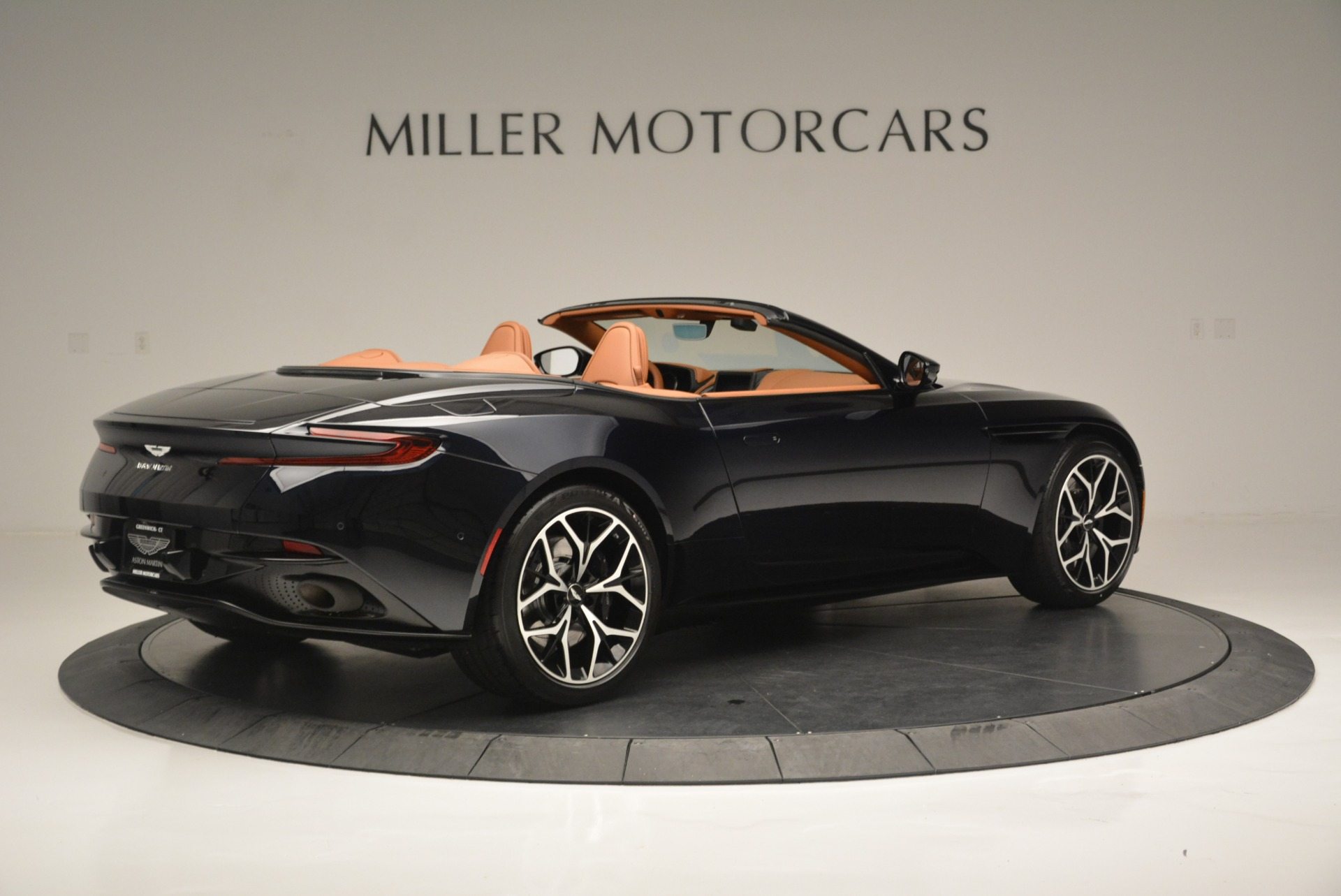 New 2019 Aston Martin DB11 Volante Volante For Sale In Westport, CT 2450_p8