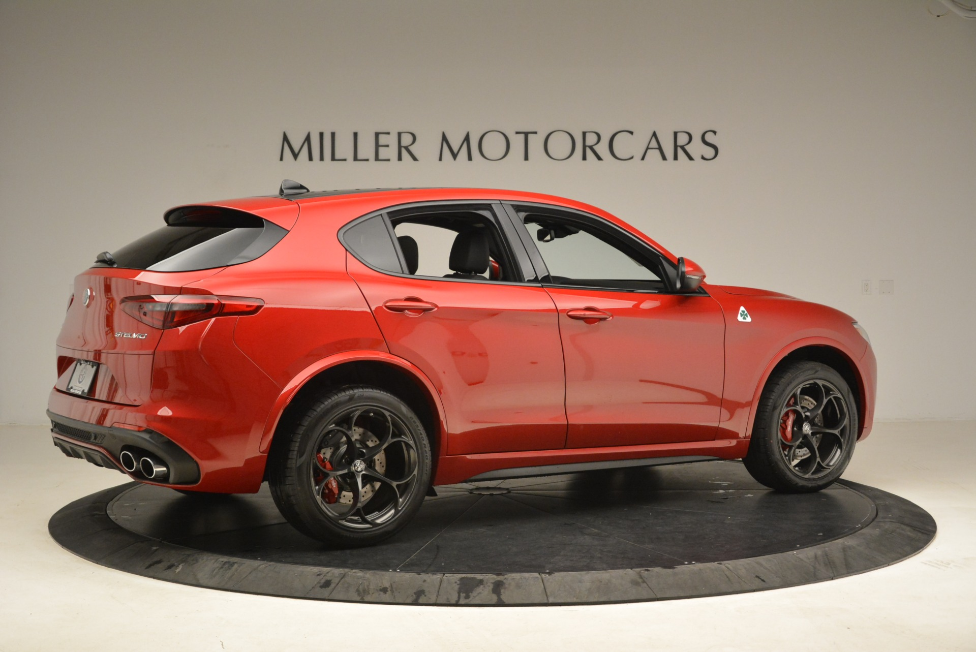 New 2018 Alfa Romeo Stelvio Quadrifoglio For Sale In Westport, CT 2459_p8