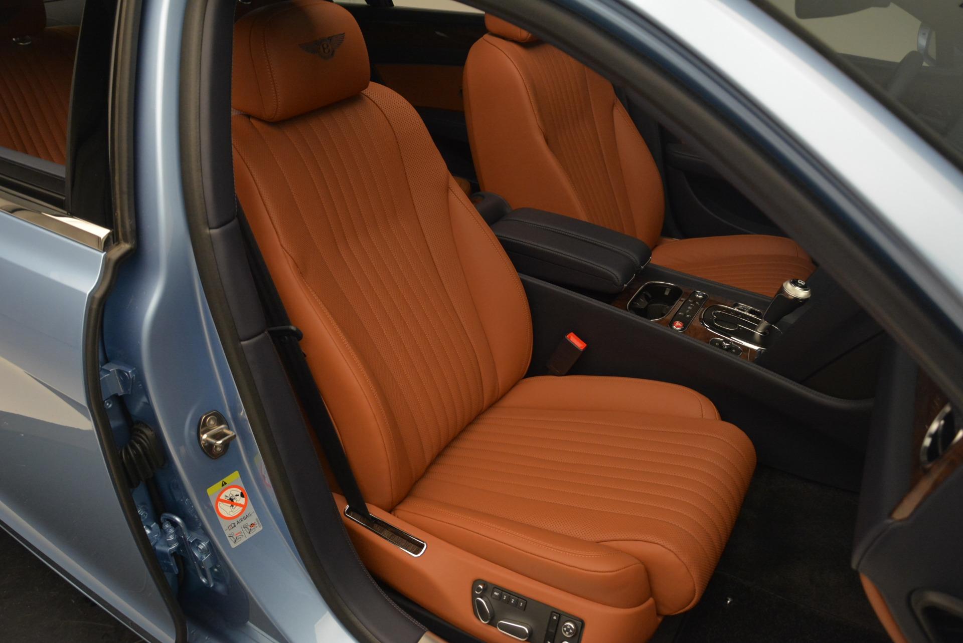 New 2018 Bentley Flying Spur V8 For Sale In Westport, CT 2484_p23