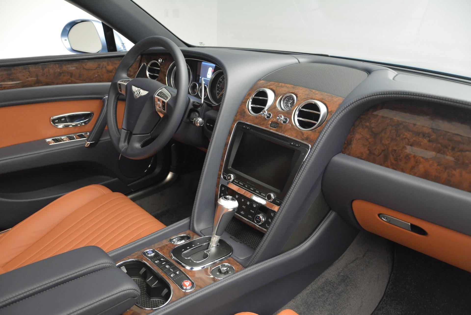 New 2018 Bentley Flying Spur V8 For Sale In Westport, CT 2484_p24