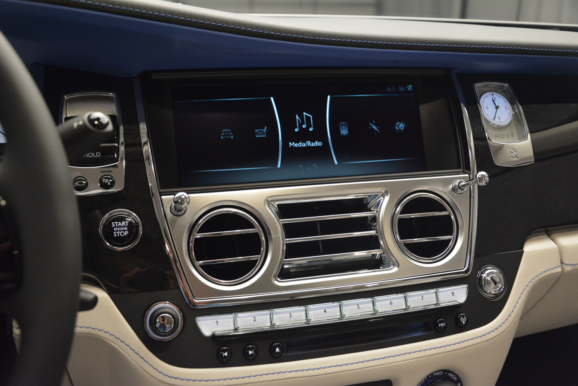 Used 2019 Rolls-Royce Ghost  For Sale In Westport, CT 2485_p16