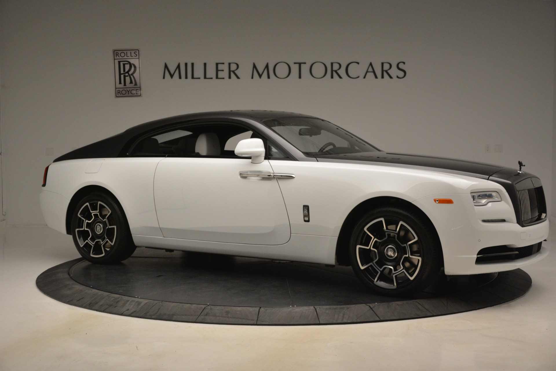 Used 2018 Rolls-Royce Wraith Black Badge Nebula Collection For Sale In Westport, CT 2491_p10