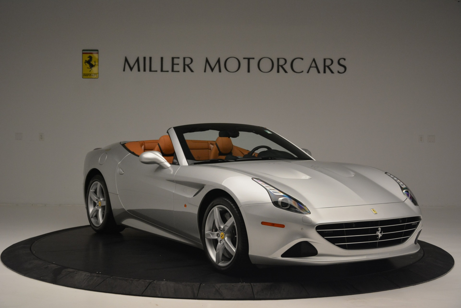 Used 2015 Ferrari California T  For Sale In Westport, CT 2514_p11