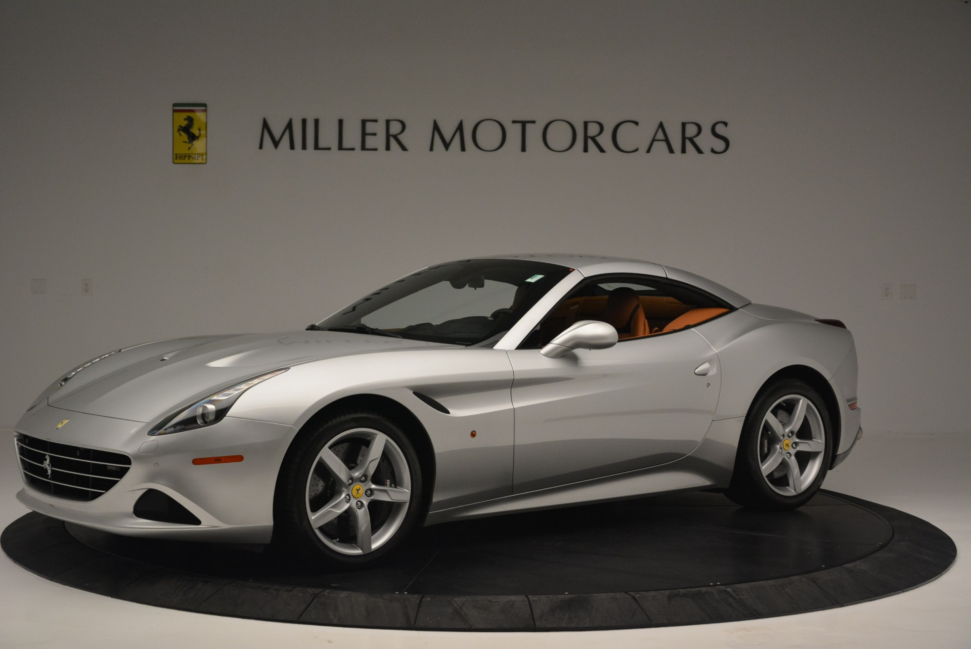 Used 2015 Ferrari California T  For Sale In Westport, CT 2514_p14