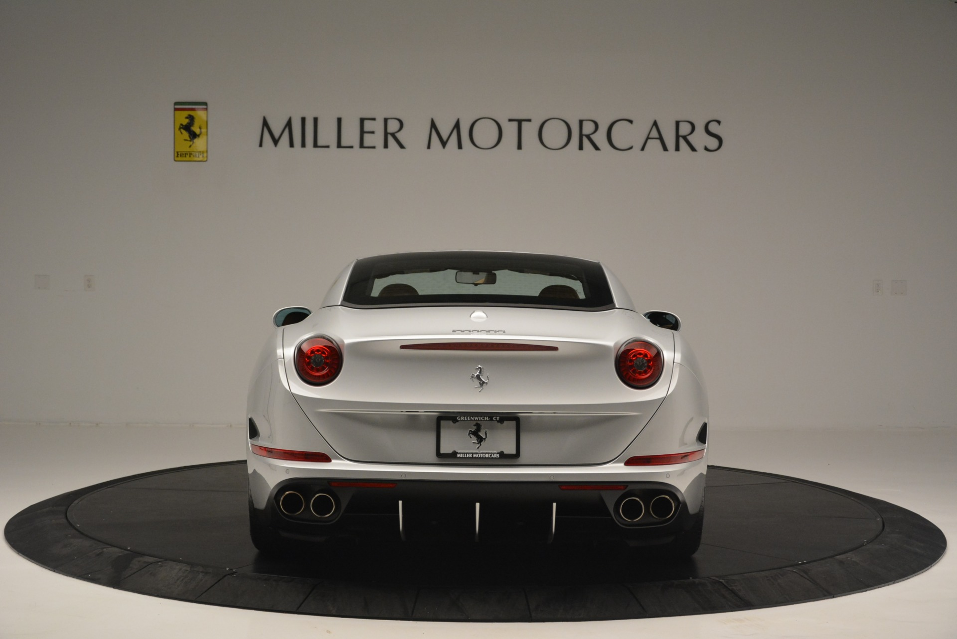 Used 2015 Ferrari California T  For Sale In Westport, CT 2514_p18