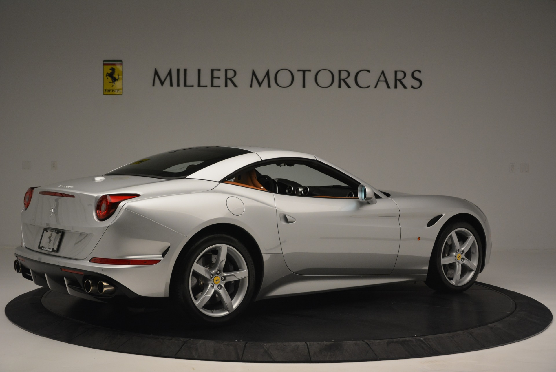 Used 2015 Ferrari California T  For Sale In Westport, CT 2514_p20
