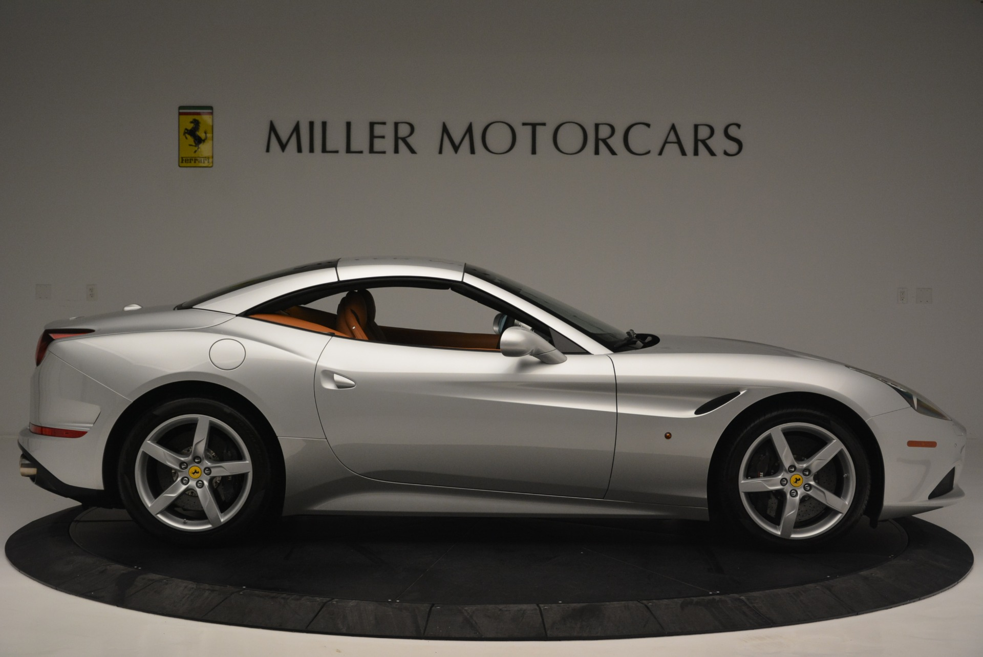 Used 2015 Ferrari California T  For Sale In Westport, CT 2514_p21