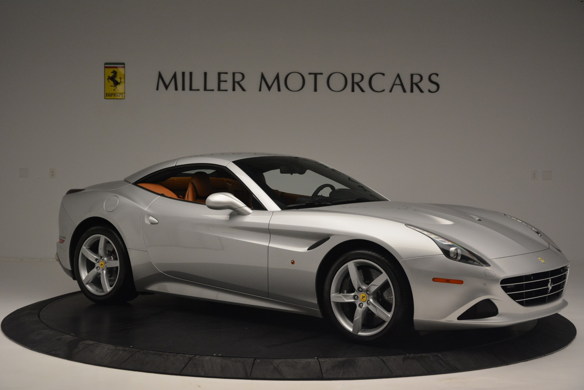 Used 2015 Ferrari California T  For Sale In Westport, CT 2514_p22