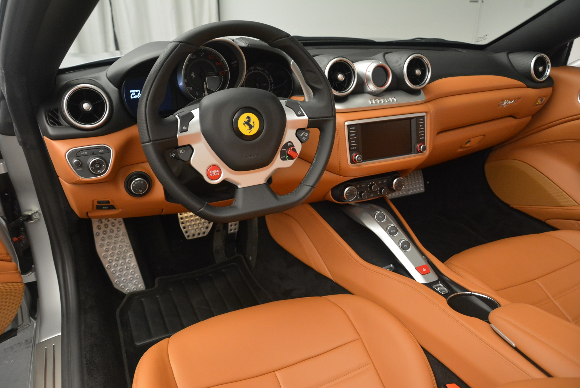 Used 2015 Ferrari California T  For Sale In Westport, CT 2514_p25