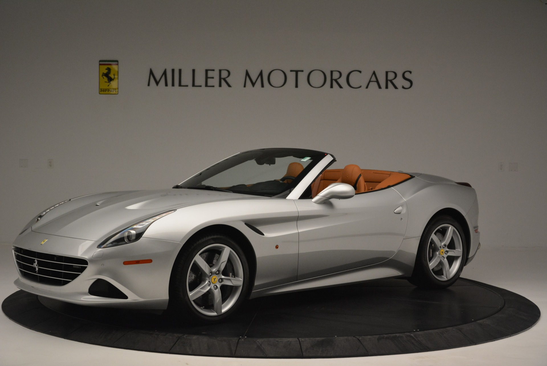 Used 2015 Ferrari California T  For Sale In Westport, CT 2514_p2