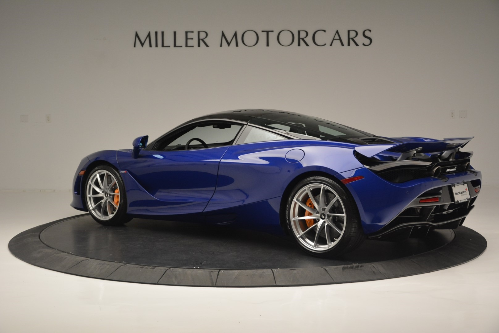 Used 2019 McLaren 720S Coupe For Sale In Westport, CT 2516_p4