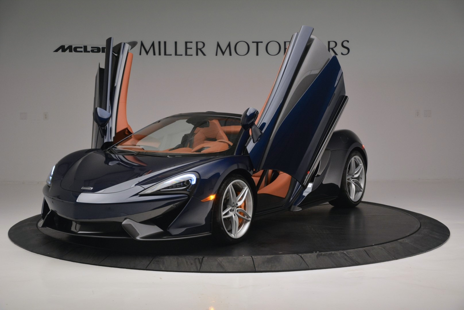 New 2019 McLaren 570S Spider Convertible For Sale In Westport, CT 2521_p14