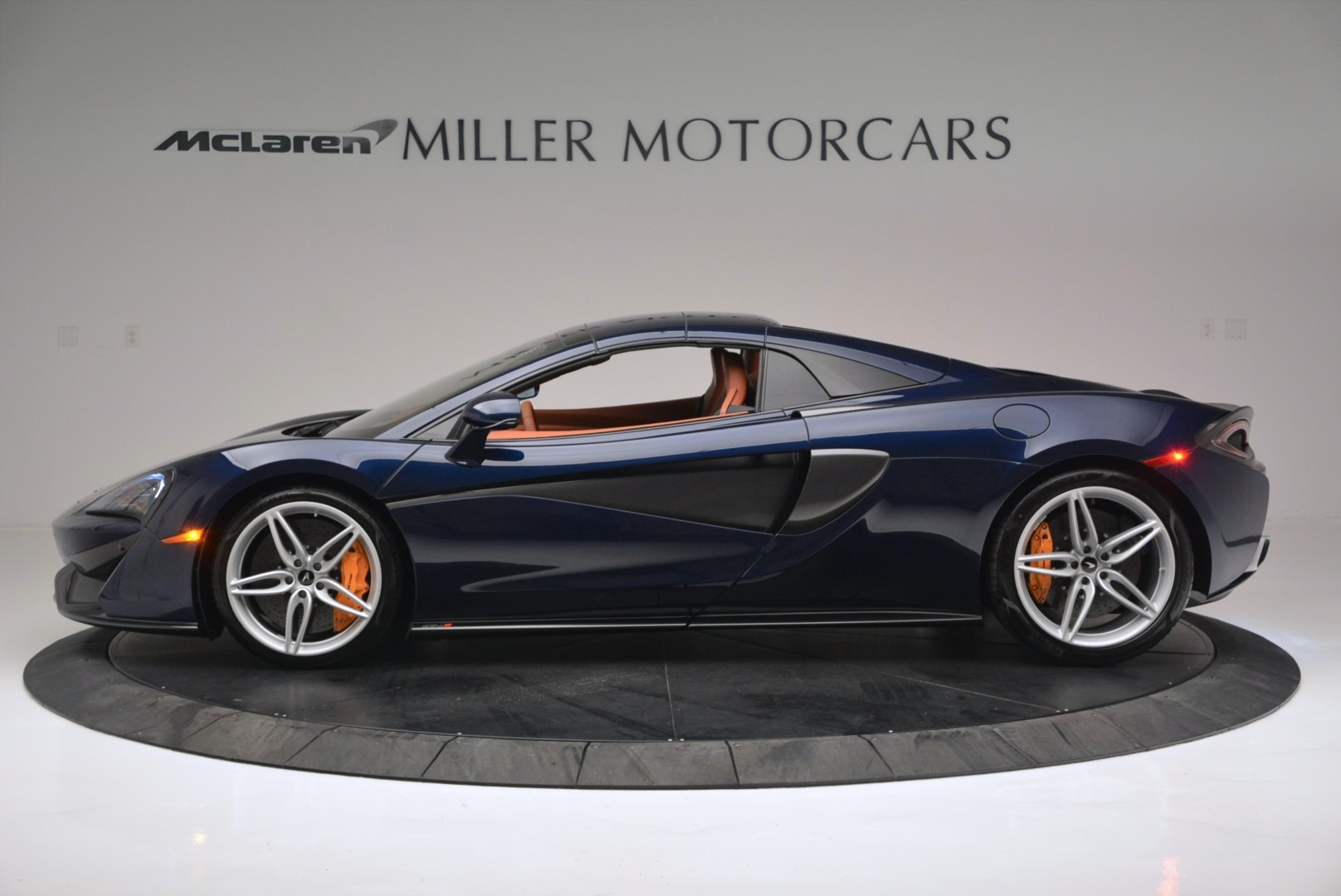 New 2019 McLaren 570S Spider Convertible For Sale In Westport, CT 2521_p16
