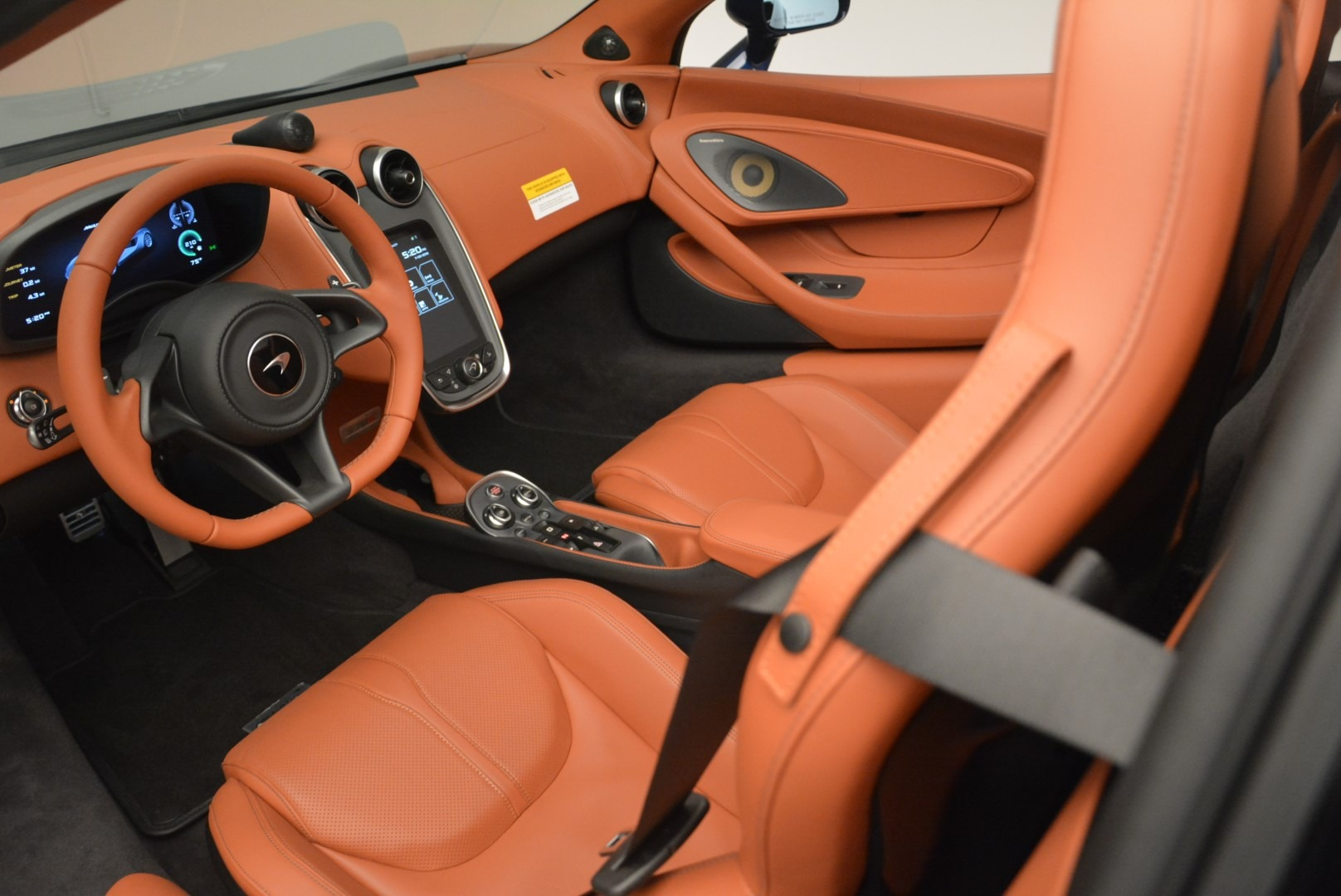 New 2019 McLaren 570S Spider Convertible For Sale In Westport, CT 2521_p23