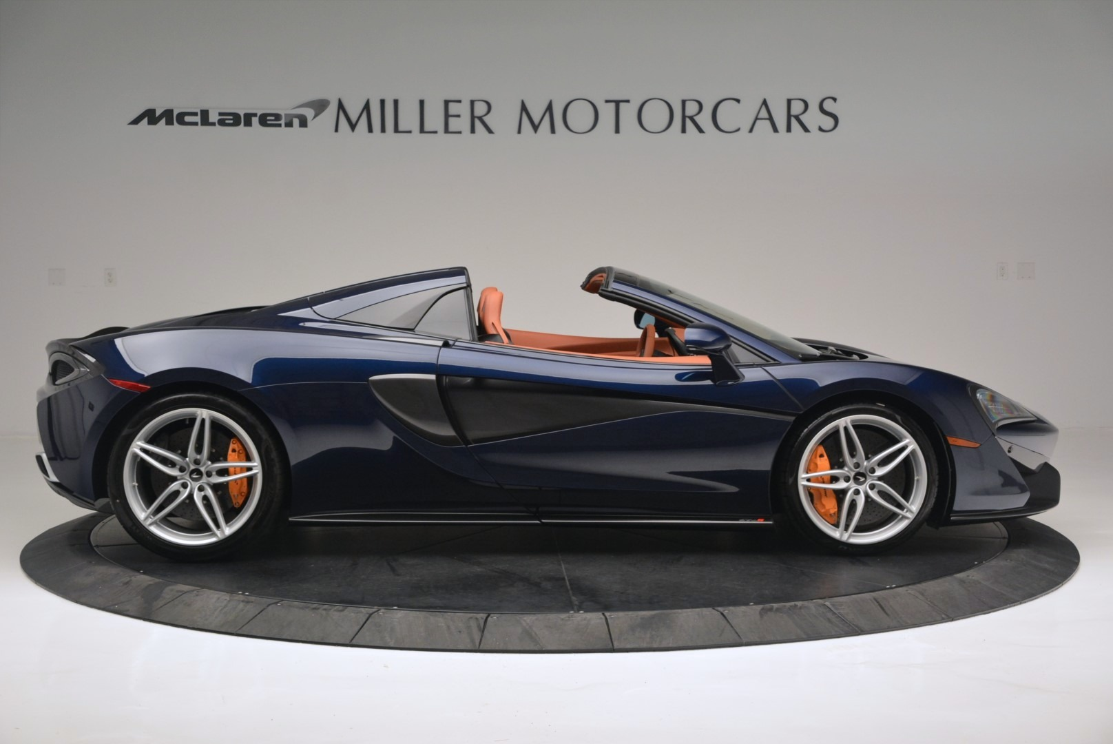 New 2019 McLaren 570S Spider Convertible For Sale In Westport, CT 2521_p9