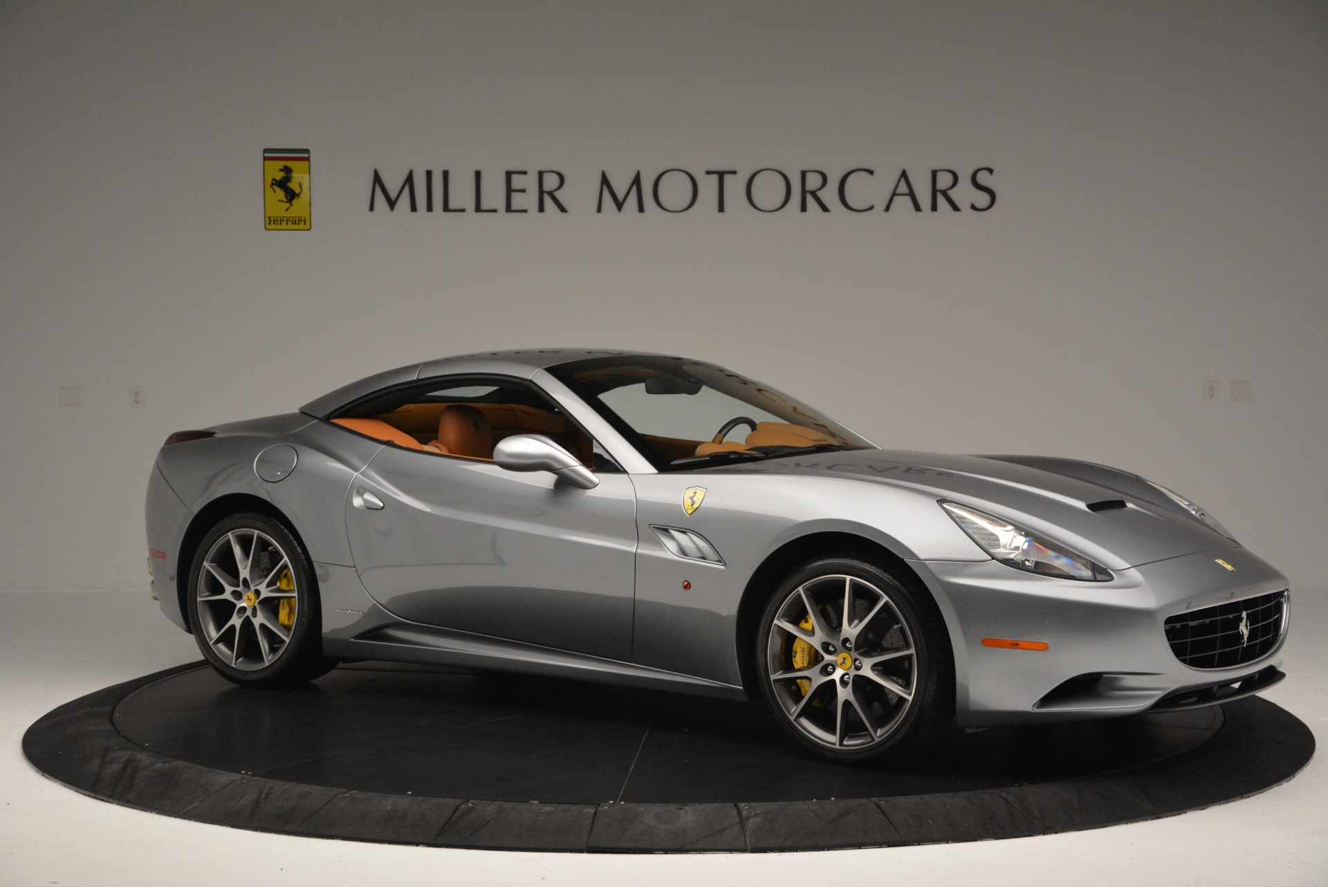 Used 2012 Ferrari California  For Sale In Westport, CT 2524_p22