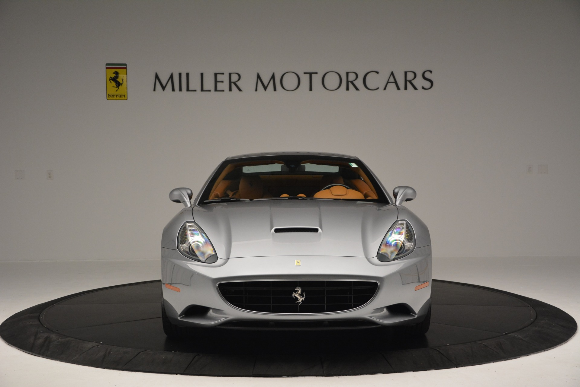 Used 2012 Ferrari California  For Sale In Westport, CT 2524_p24