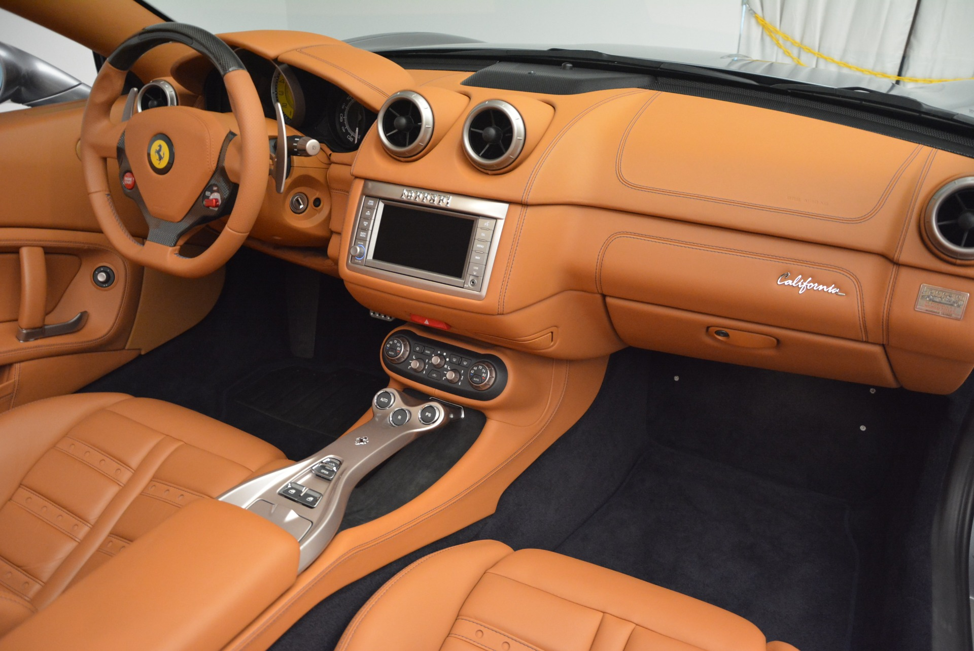 Used 2012 Ferrari California  For Sale In Westport, CT 2524_p30