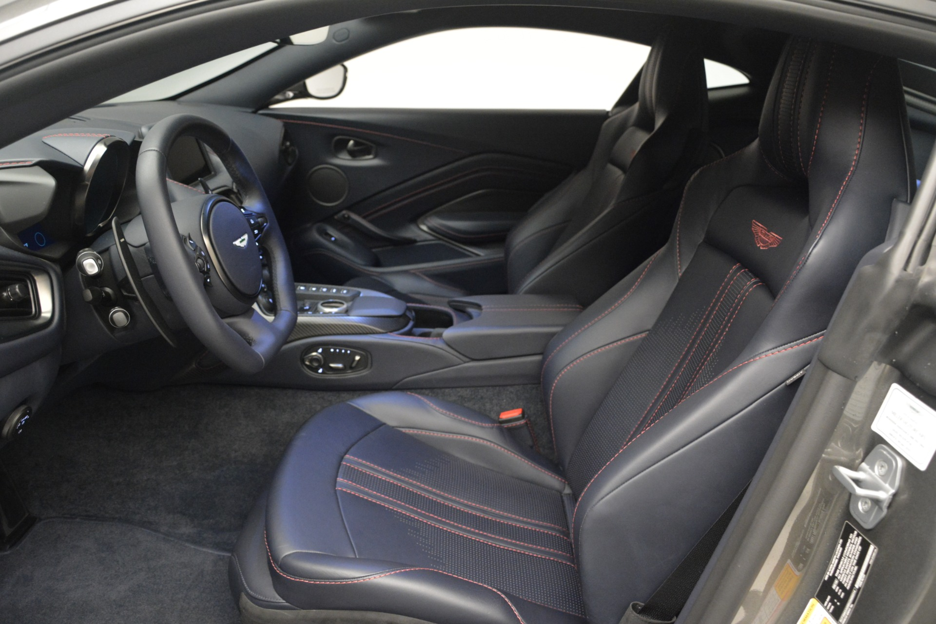 New 2019 Aston Martin Vantage Coupe For Sale In Westport, CT 2527_p13