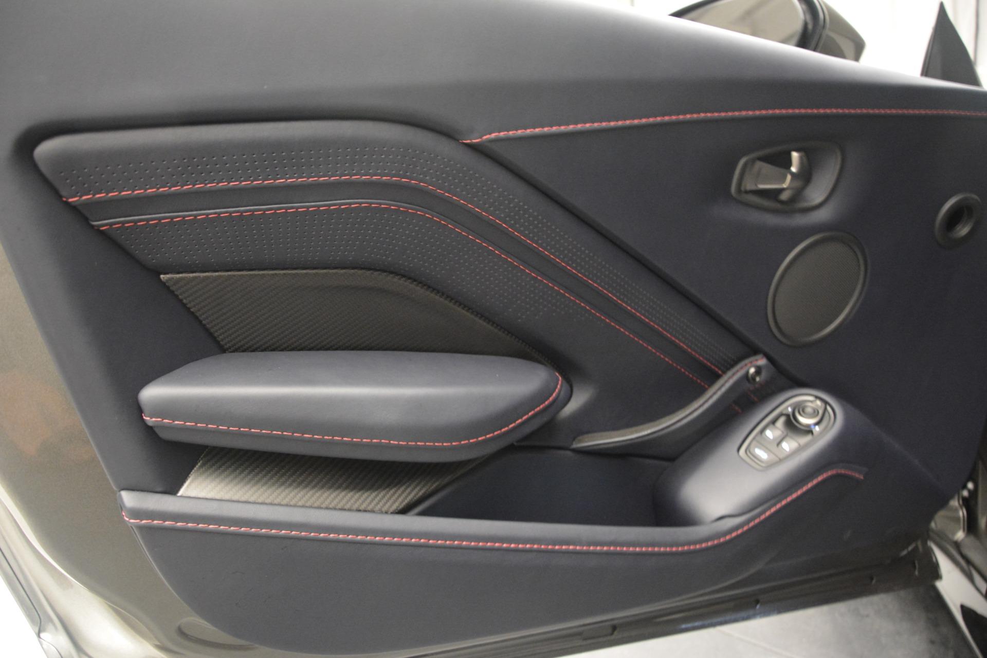 New 2019 Aston Martin Vantage V8 For Sale In Westport, CT 2527_p16