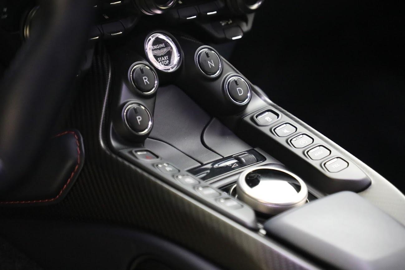 New 2019 Aston Martin Vantage V8 For Sale In Westport, CT 2527_p20